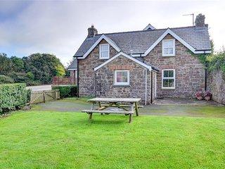 The School House (WAV235), Little Haven