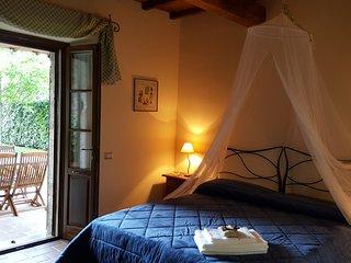 Casale con piscina e idromassaggio per vacanze in Umbria: 'Appartamento Lavanda'