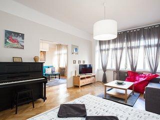 Beautiful apartment in amazing location!