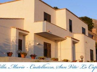 Villa Mario, magnifica villa, ospita da 4 ad 8 ospiti