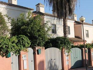 Adosado con piscina y jardin privado, El Puerto de Santa María