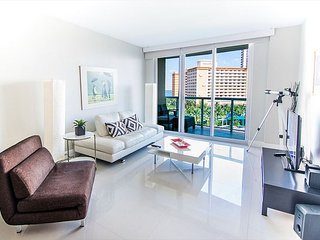 O. Reserve Premium 5 | 1 Bed 1 Bath, Steps away from the Beach!