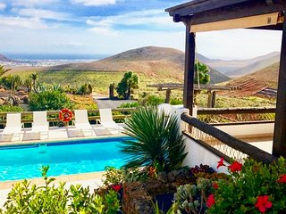 Villa Viha large luxury villa with pool in Nazaret that sleep 10 guests