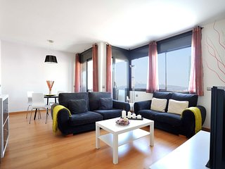 Family  apartment in the beach with terrace and pool - B213