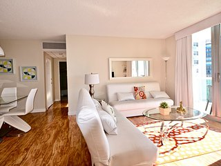 Sedit Apartments in Hollywood - A / City view 2 Beds-2 Baths
