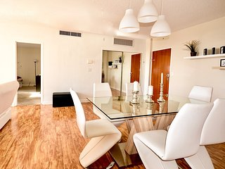 Sedit Apartments in Hollywood - A
