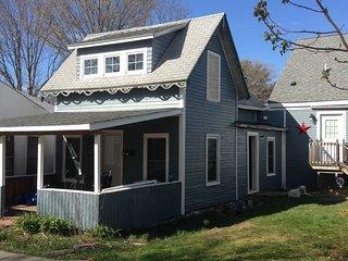 52 Highland Ave, Old Orchard Beach