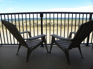 Beautiful Direct Ocean Front Condo, Ocean City