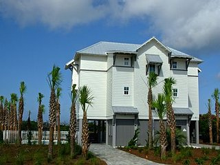 Like Gulf Front, New 2015 Luxery Beach Home, Heated Pool, & Elevator, Cape San Blas