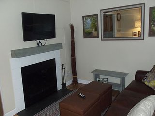 Oak Square, One Bedroom Condo in the Heart of Gatlinburg (Unit 211)