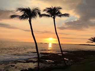 Kona Reef  A22 Direct Oceanfront Condo with Incredible Ocean Views !!!, Kailua-Kona