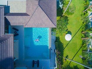 Extravagant Beachfront Noble House Villa