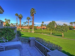 VB574-Palm Valley CC-Spacious with Great Views!!