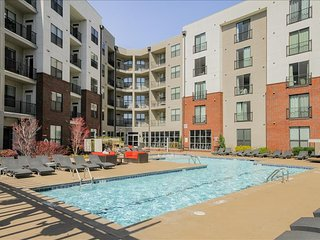 Exclusive Modern Two Bedroom Two Bath in the HEART of THE GULCH - BOOK NOW, Nashville
