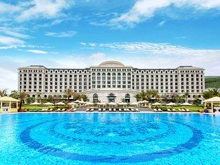 Luxury 3 Bedroom Villa & Breakfast at VINPEARL GOLF LAND RESORT, Nha Trang
