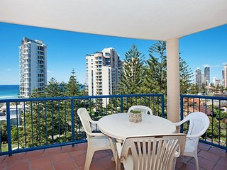 Luxurious 2 bedroom Penthouse apartment - Close top the Beach - 5, Broadbeach