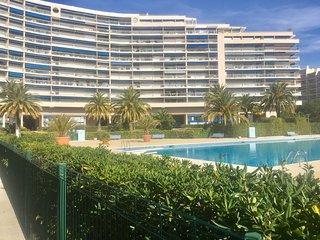 Duplex de 60m2 dans résidence avec piscine