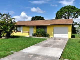 Port St Lucie 2/1 Home,Minutes To Beach, Port Saint Lucie