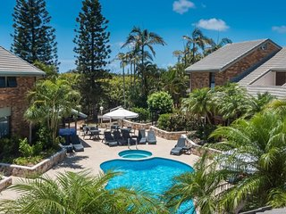 Beautiful 3 Bedroom Townhouse just steps from the beach - 3, Peregian Beach