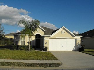 Beautiful 4 Bedroom 3 Bath Pool Home in Tower Lakes. 120MC, Haines City