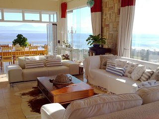The Oceans room with lots of space and luxurious finishes., Mossel Bay