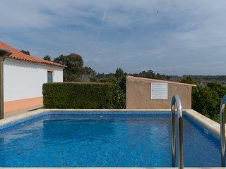 Digne Red Villa, Aljezur, Algarve, Rogil