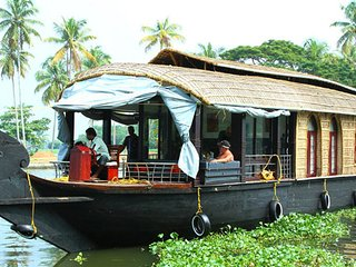 Two Bedroom Premium Houseboat