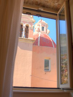 Waking up in the heart of Old Corfu Town