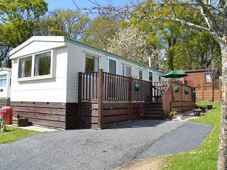 49 Lakeside Village Finlake Holiday Park Devon