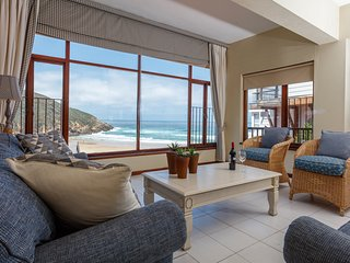 MIDDLE C Flat, Seaside Self catering Accommodation, Herolds Bay