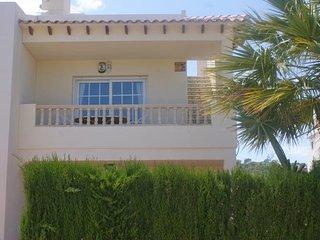 Las Ramblas Golf 2 Bedroom Apt with Roof Terrace Near Villamartin