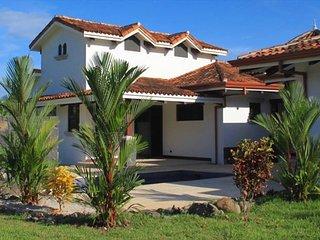 Pura Vida House in Hacienda Pinilla Community