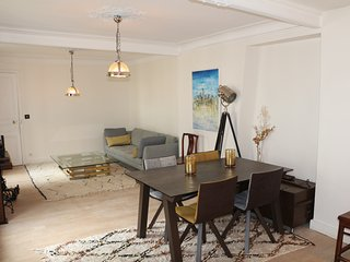 Beautiful & spacious appartment in Montmatre