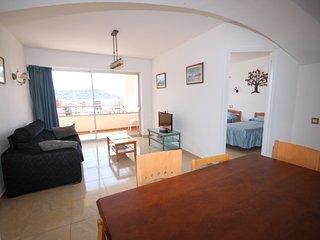 Gran apartamento vistas mar y con piscina, Roses