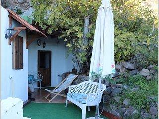 Authentic Cave House Experience, San Bartolome de Tirajana