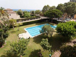 Piso 3 habitaciones,  con Piscina privada y vistas al mar y IronMan competition