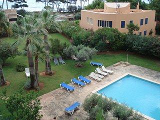 Apartamento muy luminoso con piscina comunitaria con acceso directo al mar y pla, Son Servera