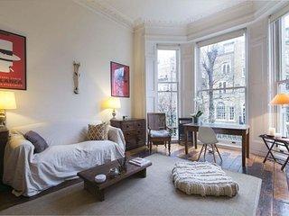 Notting Hill Pembridge Lodge apartment in Kensing…