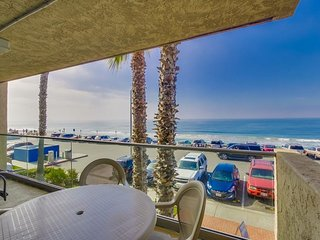 Ocean Front Condo #4 1 BR, Sleeps 4: Pet Friendly