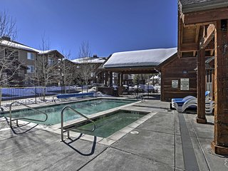 NEW! 3BR Winter Park Condo w/ Hot Tub, Pool & View