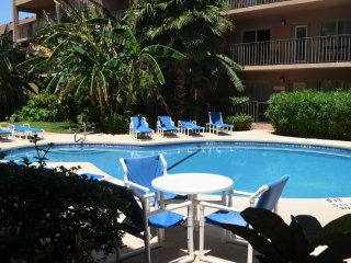 2bd 2 bath Walking distance to the beach, South Padre Island