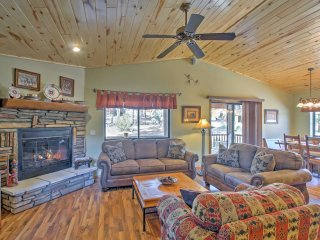 This vacation rental cabin for 6 offers all the comforts of home!
