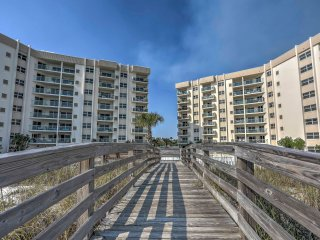NEW! Sleek Pensacola Beach Condo - Walk to Beach!