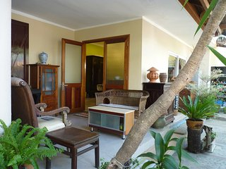 Private Villa in quite & green space - one block from sea
