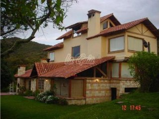Lindísima Cabaña en Tocancipa sobre la montaña a 50 minutos de Bogotá