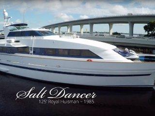 Mega Yacht, King Master Cabin No. 3, Stuart
