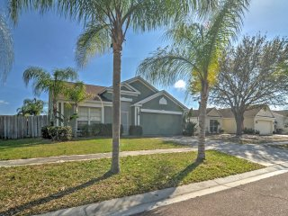NEW! 3BR Apollo Beach House w/ Pool and Jacuzzi!