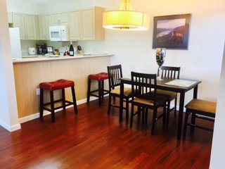 AMAZING CONDO WITH NEARBY GOLF COURSE, BEACH, POOL, RESTAURANTS, Ko Olina