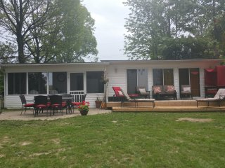 Enjoy Waterfront Cottage Life While Discovering Prince Edward Country