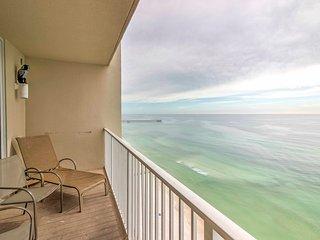 2BR Panama City Beachfront Condo w/ Pool Access!